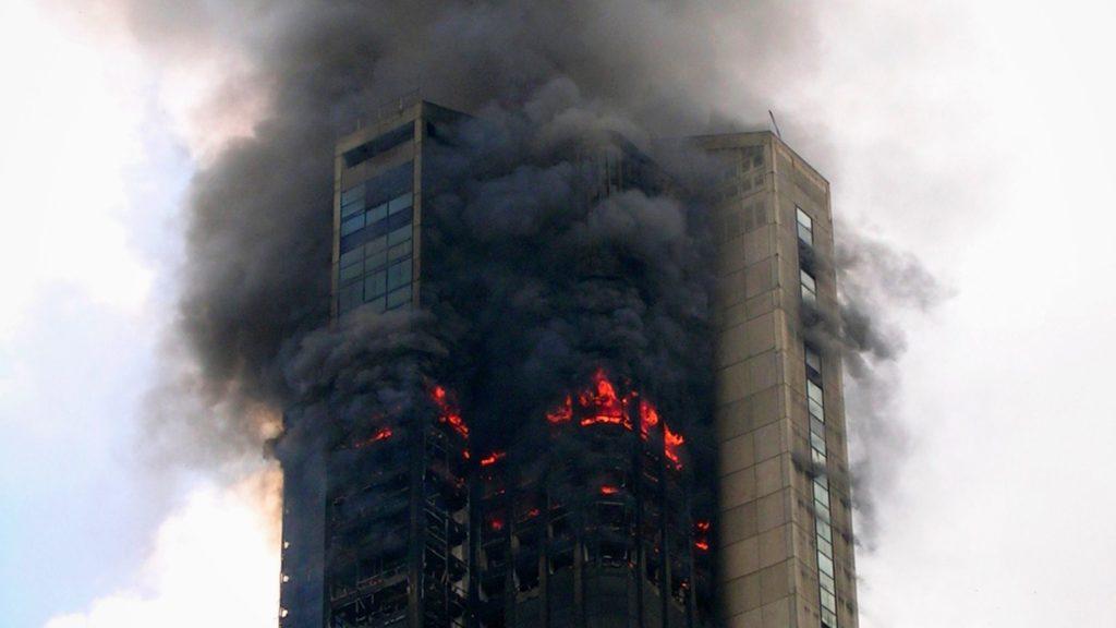 Evitar Incendios en Edificios Corporativos